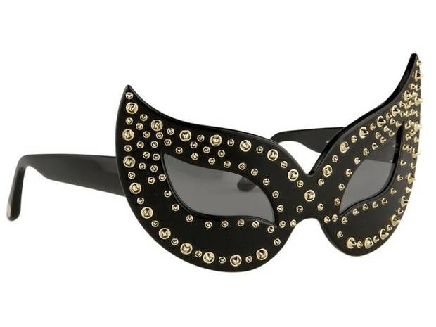 Linda Farrow design for Agent Provocateur - Sunglasses How very cool for cats