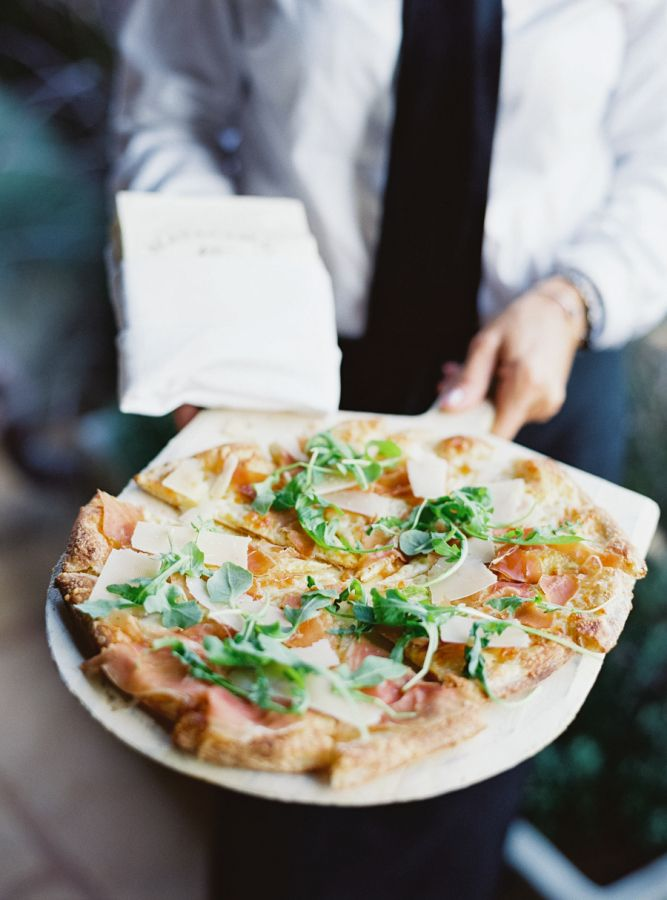 Flatbread appetizers: http://www.stylemepretty.com/2016/06/06/a-sonoma-wedding-inspired-by-old-world-tuscany/ | Photography: Michele Beckwith - http://michelebeckwith.com/