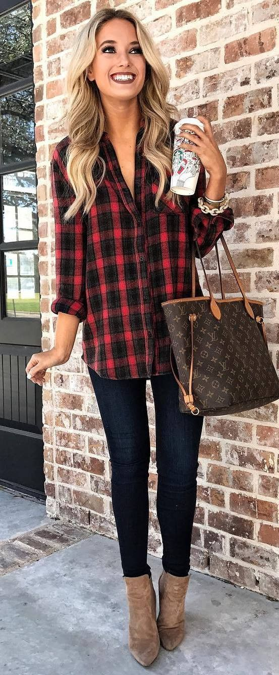 casual outfit inspiration / plaid shirt bag boots black skinnies  #CasualChicFashion - 30+ Insanely Cozy Christmas Outfit Ideas Outfit Inspiration