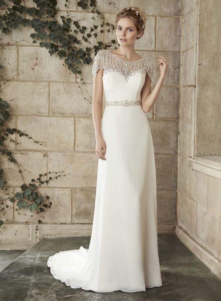 Greek style wedding dress Viziteaza-ne la showroom-ul Diva Bride! Programari la 0721.555.685 www.divabride.ro
