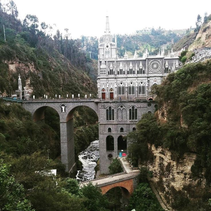 After a 12 hour bus ride from #Cali to #Ipiales (a small border town in #Colombia by #Ecuador) I stopped off to see this stunner Santuario Nuestra Señora de Las Lajas. It is a Gothic style basilica church built inside the canyon of the Guáitara River. It was breathtaking! #TakeMeToChurch #SouthAmerica #LatinAmerica #AroundTheWorld #ExploreTheWorld #ExploreEverything #FemaleTravel #backpacking #travel #LiveAndLoveToTravel #ILoveToTravel #Wanderlust #CanadianAbroad #AdventuresOfAbi…