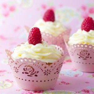 Prepara hoy mismo unos deliciosos cupcakes bajos en calorías. Compártelos con tu familia o amigos, ¡les encantarán! #PostresLight #Cupcakes #Postres #RecetasFaciles