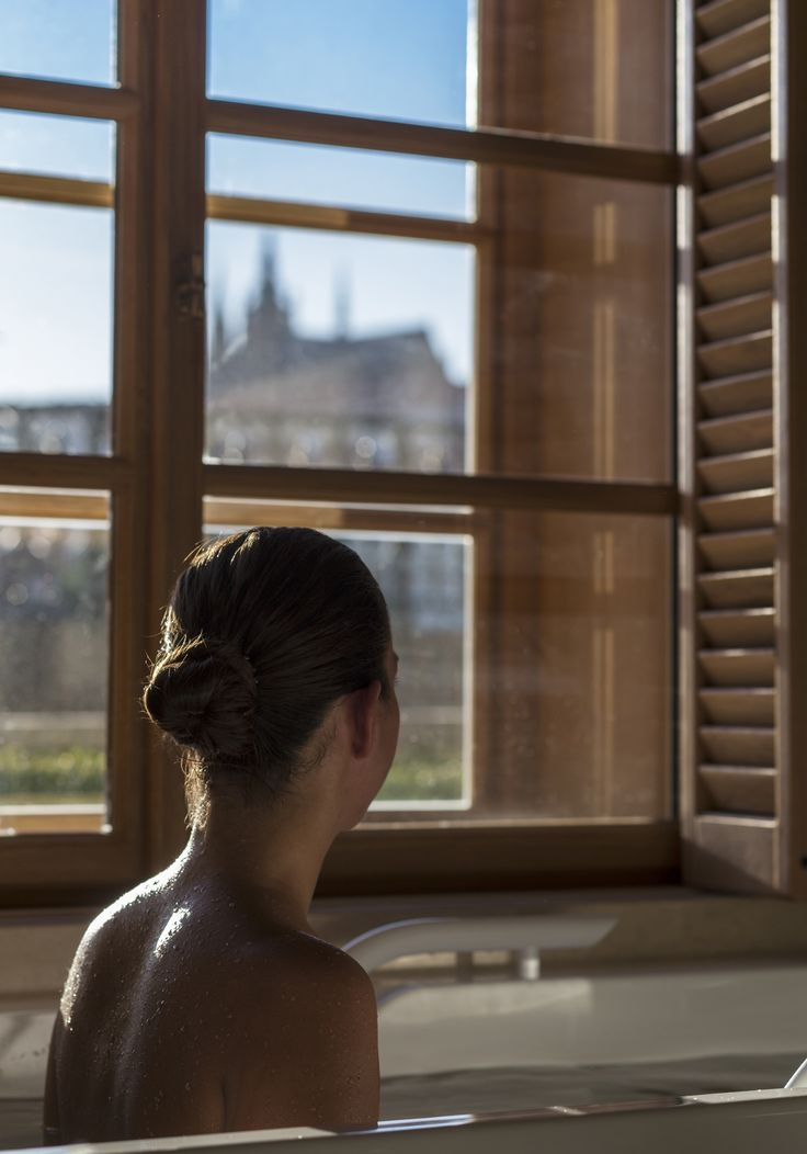 AVA Spa by Four Seasons - Bath in a Couple Suite