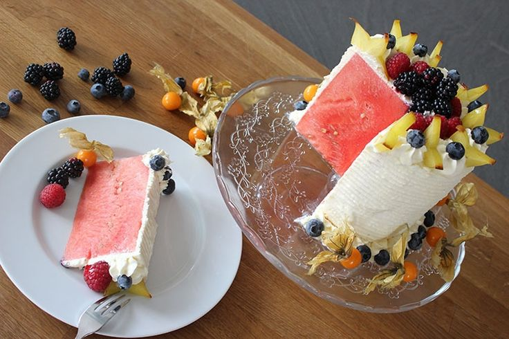 Sallys Blog - Wassermelonen-Obsttorte – no Bake
