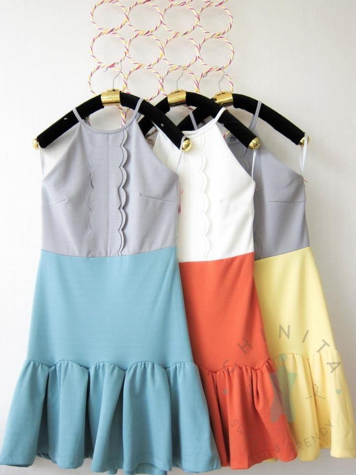 ❤ Scalloped Two Tone Dress ❤ Price 650 Baht❤ One Size Color : Orange/Green Contact  www.facebook.com/ChinitaShop line: -chinita- What's App : +6681-720-6224 Instagram : bychinita mobile: 081-720-6224 Google+:  https://plus.google.com/111159513539304745210 Twitter: https://twitter.com/Chinitashop e-mail: chinitashops@gmail.com