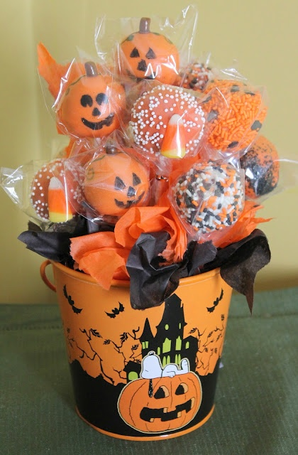 Pumpkin Spice Cake Pops Bouquet - maybe for my student workers...