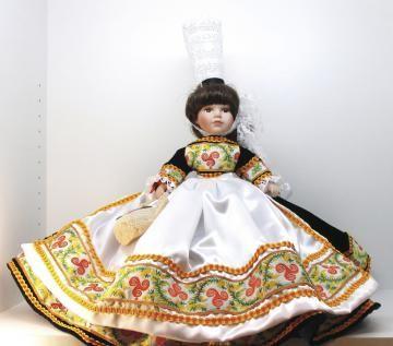 poupée Bigoudène 42cm