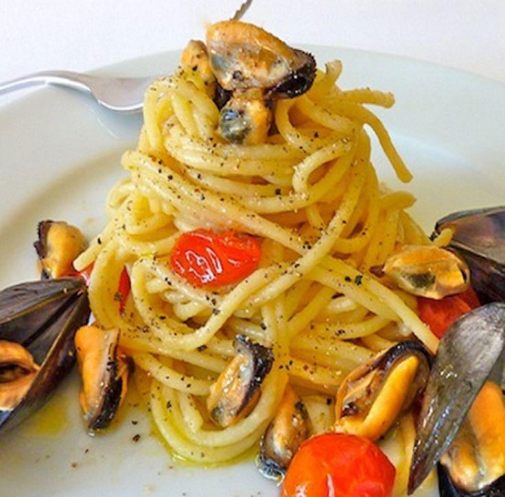 Σπαγγέτι με μύδια - gourmed.gr
