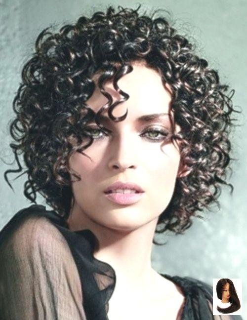 #Lockige #Lockige Frisur #Frisuren #Kurz Kurzhaarige Frisuren 2012 – 2013 Kurzhaarige Frisuren 2012 – 2013 | 2013 Kurzhaarschnitt für …