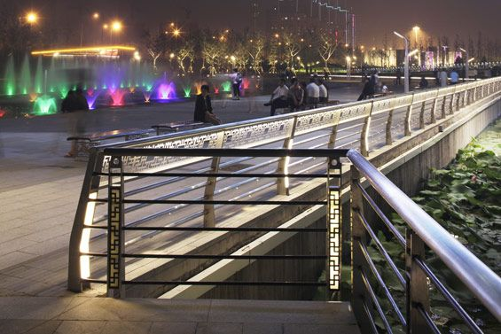 Taiyuan Fen River Waterfront Landscape Design   Tiayuan China   AECOM  night handrail broadwalk lighting