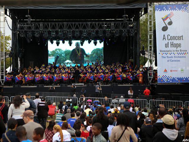 Orquesta Sinfónica Juvenil de Caracas en el Bronx, NY.