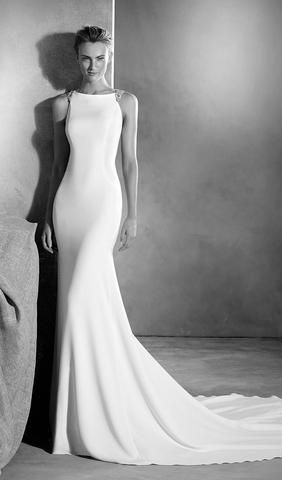 Simple, sleek wedding dress from Atelier Pronovias! Available at Schaffer's in Des Moines.  Dress Info: Atelier Pronovias - STYLE EMMETT