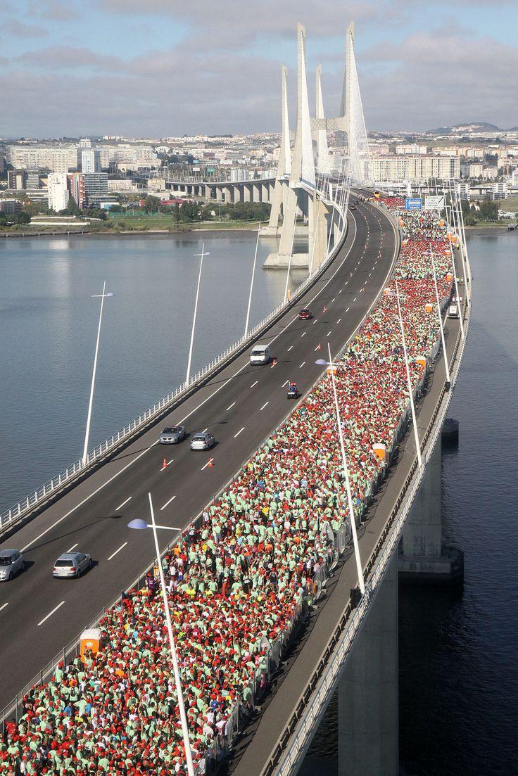 Half maraton Lisbon Vasco da Gama bridge, Portugal