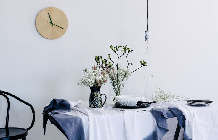 Pairing the unexpected - Babies Breath with black Kangaroo Paw. Photography: Hannah Blackmore. Styling: Olivia Blackmore