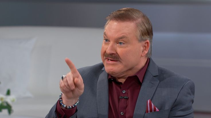 Spiritual medium and bestselling author James Van Praagh joins The Doctors to discuss his 14th book, 'The Power of Love,' and the spiritual influence of...