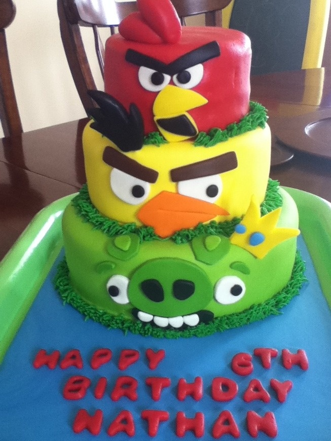 Angry Birds Cake--For Uncle Chris' Bday in March? @Carol Fox