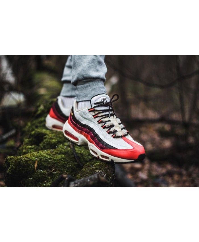 premium selection fb1e7 4b557 Nike Air Max 95 Triple Red Black White Trainers