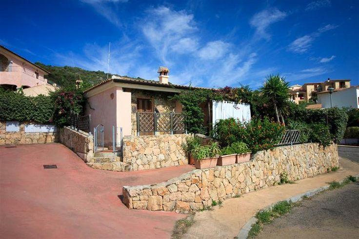 Orizzonte casa sardegna villetta trilocale di testa ad for Case in vendita a tanaunella