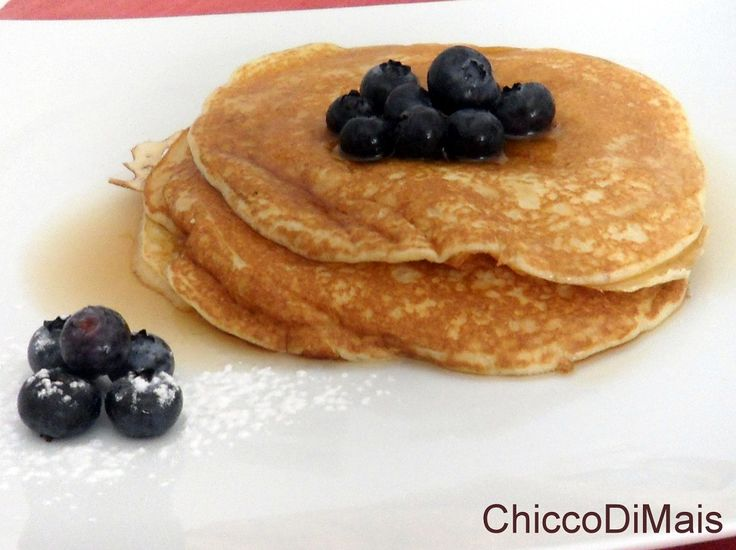 Pancakes ricetta colazione americana il chicco di mais http://blog.giallozafferano.it/ilchiccodimais/pancakes-ricetta-colazione-americana/