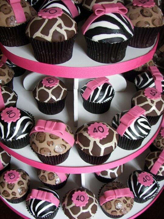 Animal print cupcakes (black, white and pink)