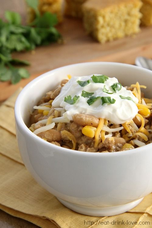 A Hearty White Bean and Chicken Chili from Eat. Drink. Love.  @Stephanie Close {Eat. Drink. Love.} (use tapioca flour)