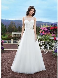 2015 Wedding Dresses White A Line Sweetheart Beads Sashes Zipper Organza Bridal Gowns