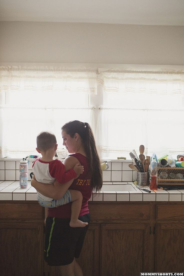 """Single mom Adriana does not think her morning routine is harder than other moms, saying """"all moms are single in some way""""."""