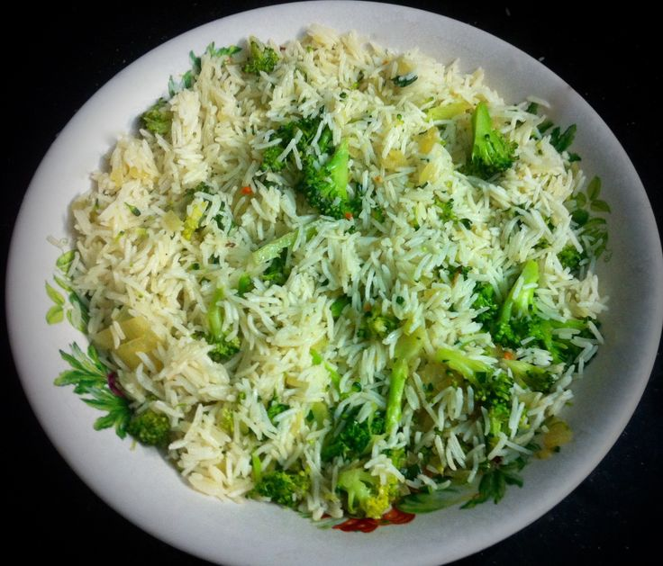 Another rice dish. Basmati rice, we love cooking with it!  Here we combined it with pan fried onion, broccoli, in a small amount of vegetable stock with basil!