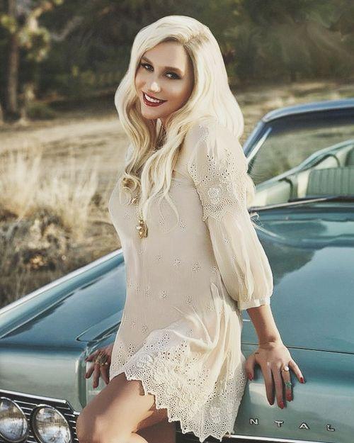 My favorite picture of Kesha♥ #Kesha #Kesha_Sebert #Celebrities