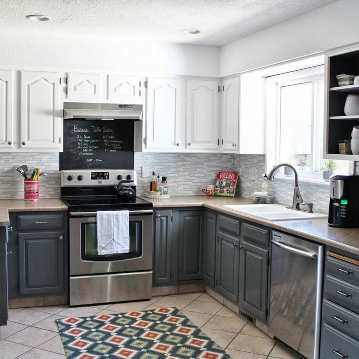 Kitchen Cabinets Two Tone: Best 25+ Kitchen Black Appliances Ideas On Pinterest