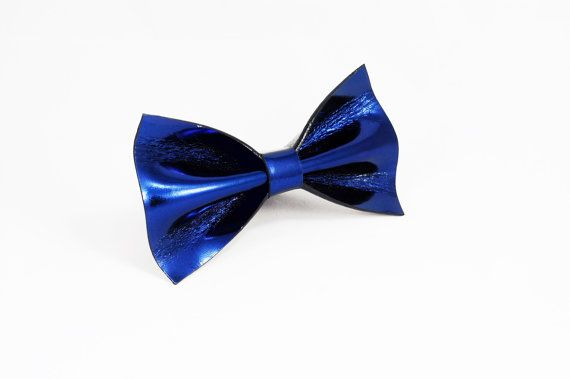 Cobalt blue metallic bow tie by LimeG on Etsy