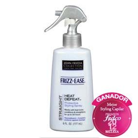 JOHN FRIEDA Heat Defeat Protective Styling Spray Spray alisador ideal para todo tipo de cabello. Combate la humedad , hidrata, protege la fibra capilar a nivel térmico y proporciona durabilidad en el cepillado o planchadohasta por 24 horas, evitando el frizz.