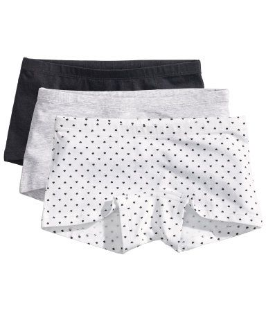Boxer briefs in cotton jersey with a lined gusset.