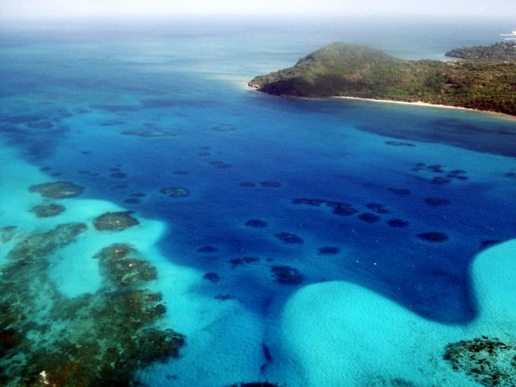Destinos turísticos da Colômbia   Recifes de coral na ilha de Providência, que está entre os lugares mais procurados por turistas que visitam o país
