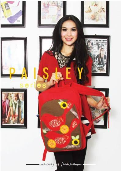 Maika Etnik merupakan brand terkenal sebagai pelopor produk tas handmade dengan corak etnik yang selalu berkonsep pada keanekaragaman budaya di negara Indoensia. Tas maika etnik terus berkembang sejak mulai berdiri pada tahun 2005 di kota Bali.