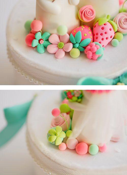joojoo: Bunnies cake topper!