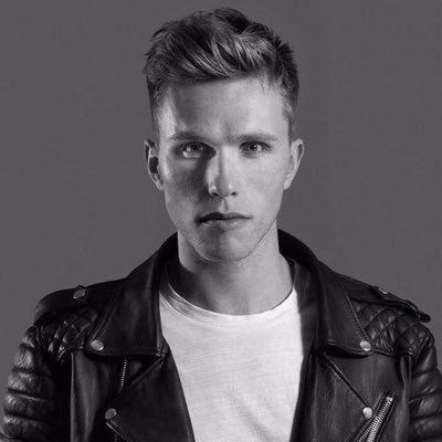The famous Dutch DJ Nicky Romero has released his own CSGO community server.