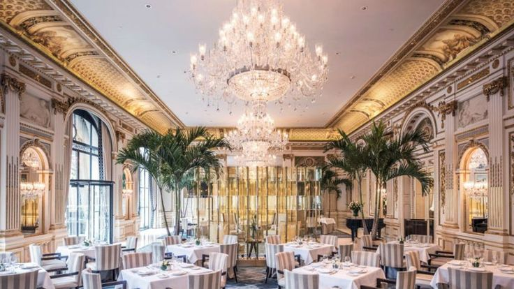 Paris, la Ville de l'amour: Top 10 Luxury Restaurants You Have to Try >> Paris, la Ville de l'Amour… This city dream offers a lot to people who come visit her. One of the thing is the luxury restaurants and her gastronomy.  Restaurant Design, Luxury Design, Paris, Furniture Contract