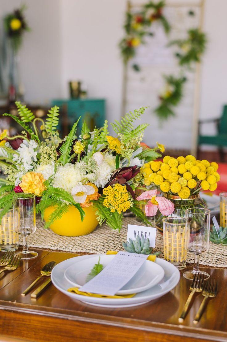 Mid Century Modern Wedding Tablescape // Photography ~ Amanda Dumouchelle Photography