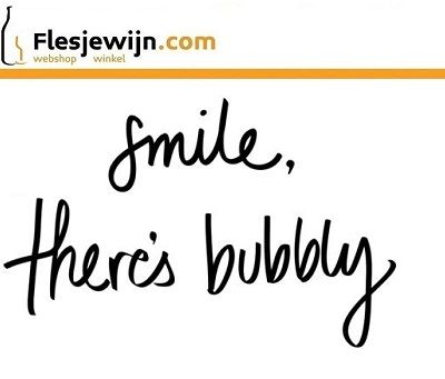 Smile there's bubbly! http://www.flesjewijn.com/mousserende+wijn
