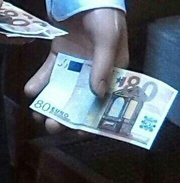 Le 80 euro di Renzi  Napoli - Renzi's 80 euro , Naples
