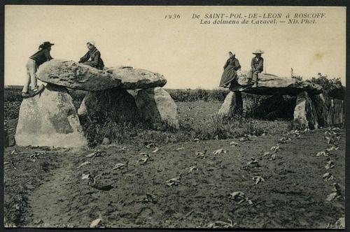 Les Dolmens de Caravel, St-Pol-de-Léon  Neurdein, ND Phot (1236)