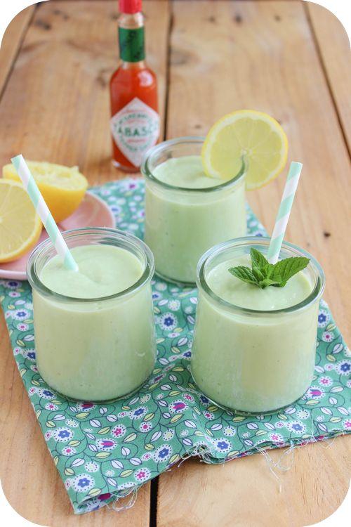 Soupe froide avocat concombre (1)