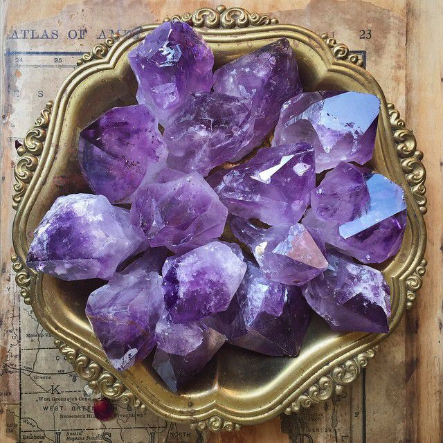 Amethyst: extremely powerful protective stone, aids against psychic attacks, blocks stress, promotes calming or can stimulate where appropriate.                                                                                                                                                      More