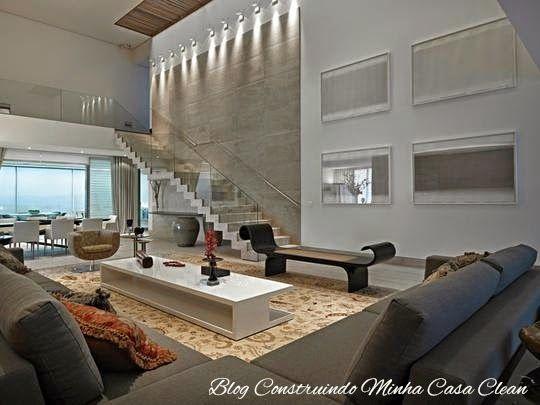 Casa 01 detalhes revestimento da parede da escada e - Casas decoradas por dentro ...