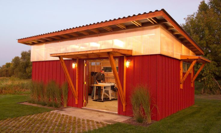This would make a wonderful pottery studio -- overhanging shed roof with clerestory windows for good light.
