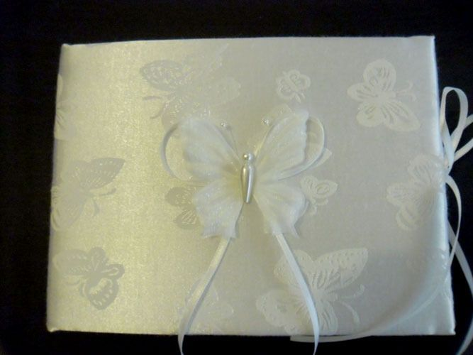 Butterfly Guest Book - White http://www.aussieweddingshop.com.au/Product/43/butterfly-guest-book-white