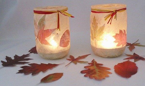 Herbstliche Teelichter aus selbst gesammelten Blättern :)