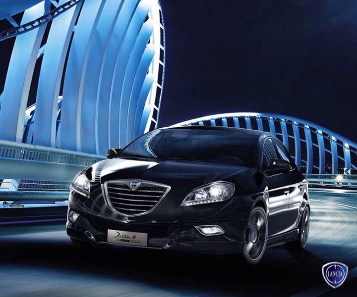 Ostra i drapieżna jak przystało na prawdziwą Włoszkę! #Lancia #Delta
