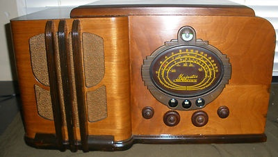 Majestic Model 86 Radio Mighty Monarch of the Air Grunow